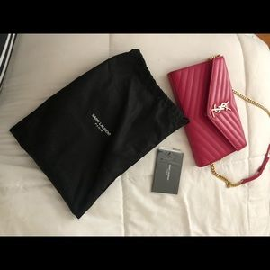 YSL bag, uses few times but it great condition